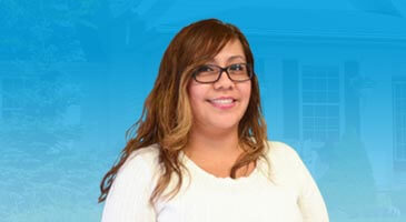 Ponce & Ponce Realty | Cristina Tapia - Client Care Manager